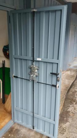 Cerraduras de seguridad para trasteros camarotes y garajes - Porton de garaje ...